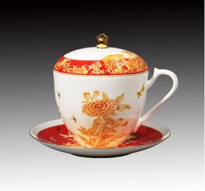 菊骨瓷三件式蓋杯_常玉
