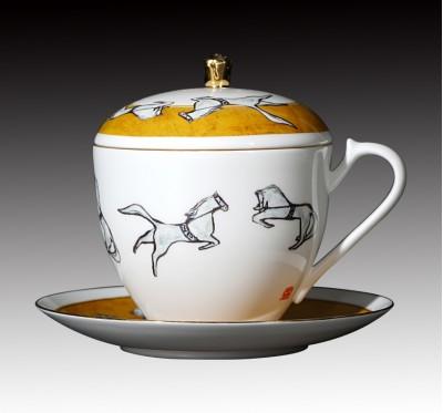 北京馬戲骨瓷三件式蓋杯_常玉