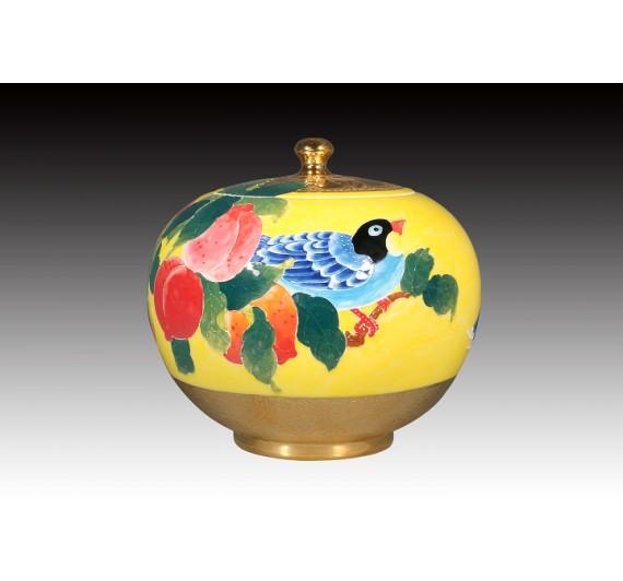 6吋雕金堆線金亮黃釉鴻圖大展聚寶蓋罐